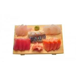 L5 Menu SASHIMI avec soupe, salade, riz